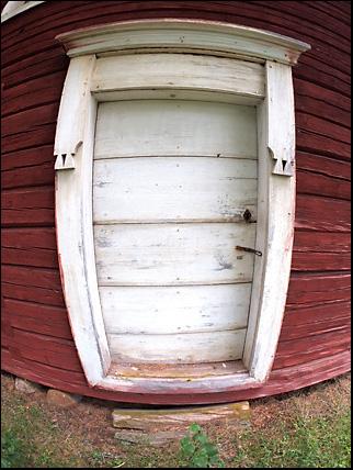 antik shed door in skyttmon