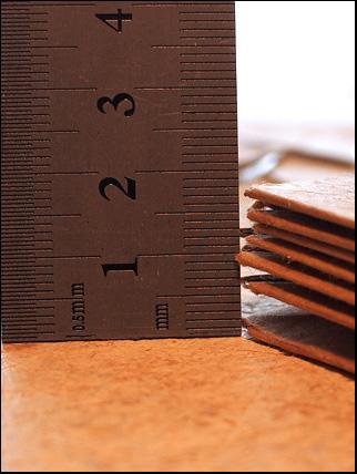 paper bellow flat detalj