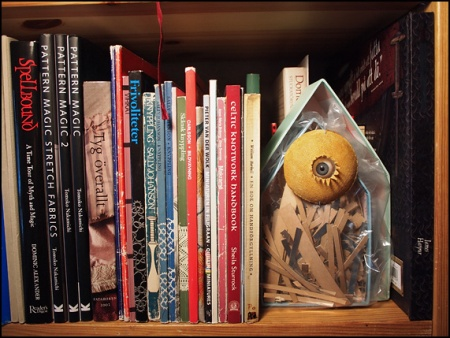 i bokhyllan