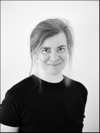 Portrait photo of artist Marianne Laimer